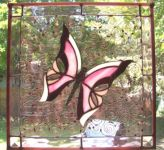 фото рисунок бабочки в витраже